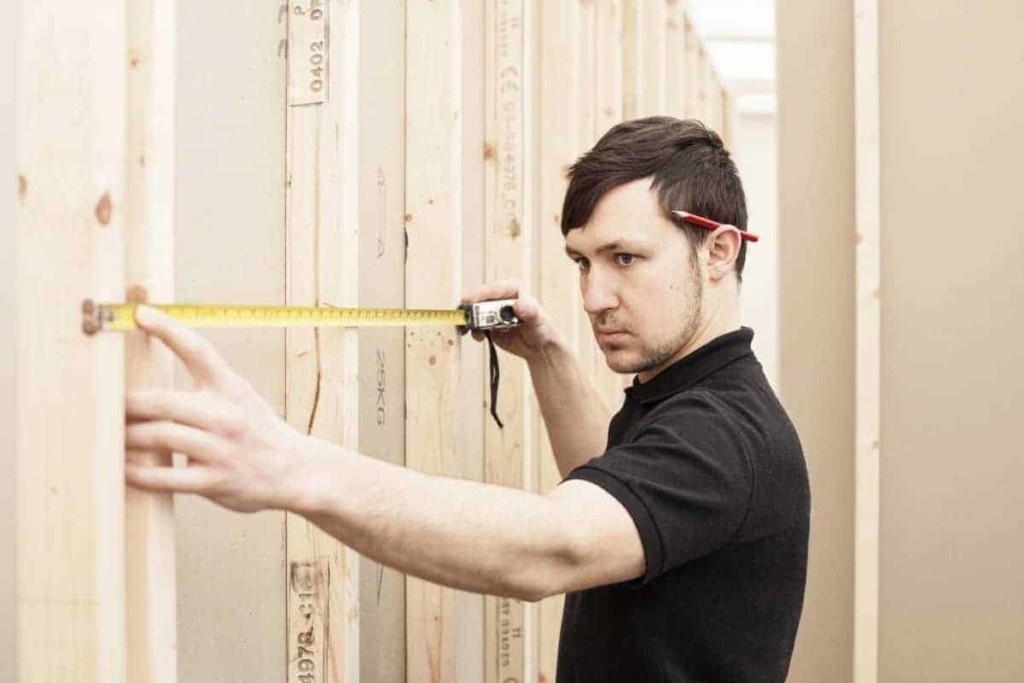measuring stud partition walls