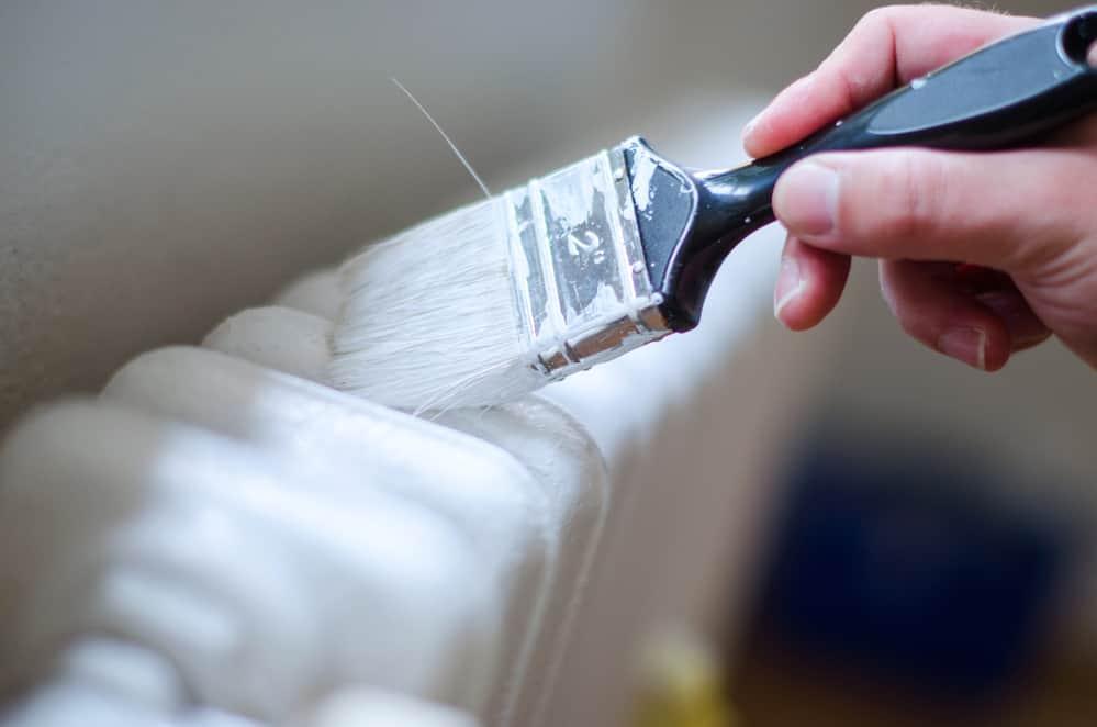 painting radiator with white radiator paint
